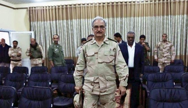 استمرار المواجهات في بنغازي وحفتر يتعهد