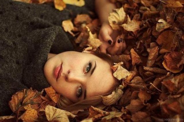 طرق خاصة للعناية بشعرك في فصل الخريف