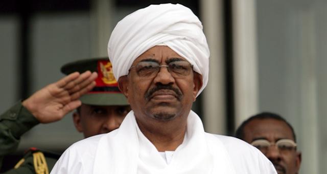 عمر البشير يترشح مجددا لرئاسة السودان