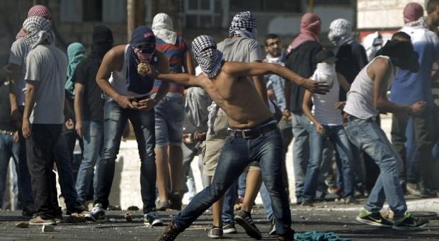 اعتقال 23 فلسطينيا في مواجهات القدس