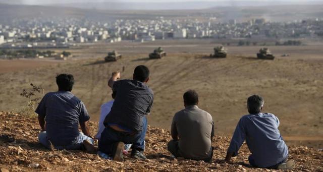 الأكراد يرفضون دخول الجيش الحر إلى كوباني
