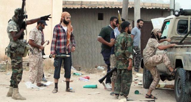 هل تخوض الأطراف المتصارعة في ليبيا حربا بالوكالة؟