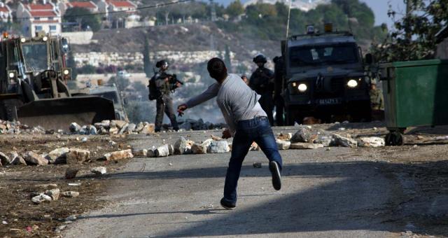 إصابات واختناقات في صفوف فلسطينيين بالقدس
