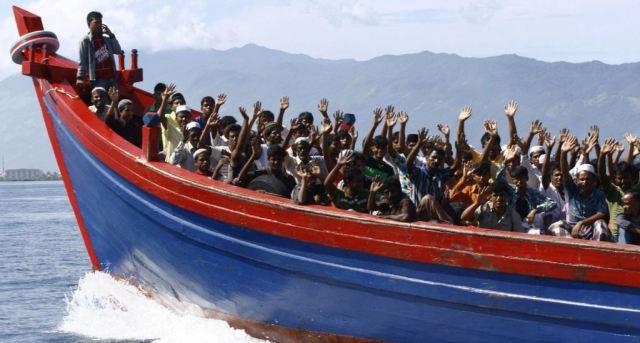 10 آلاف من مسلمي الروهينغا فروا من ميانمار