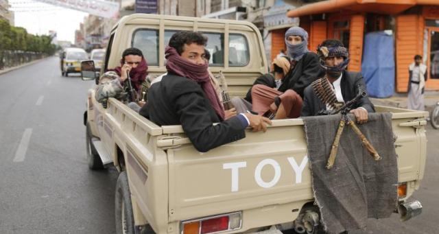 قتلى وجرحى في مواجهات بين الحوثيين ومعارضيهم
