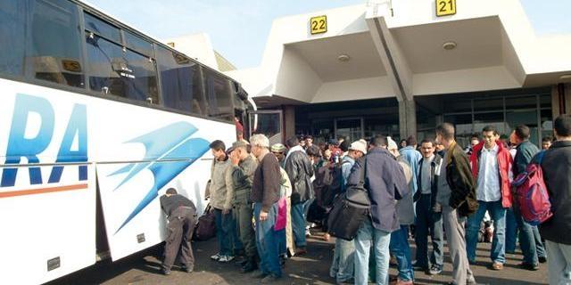 هكذا يتحمل مواطنون مغاربة جحيم السفر للاحتفال بالعيد مع العائلة