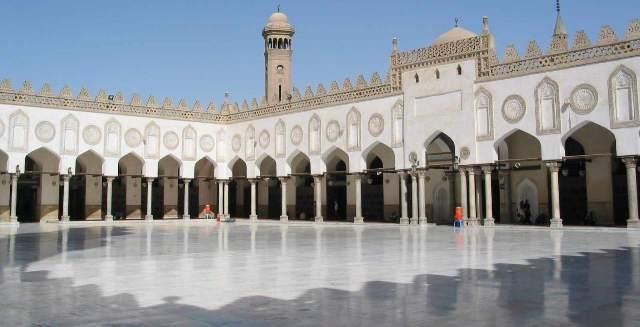 سفارة المغرب في القاهرة ترد على علماء الأزهر: عيد الأضحى في المملكة مرتبط برؤية الهلال