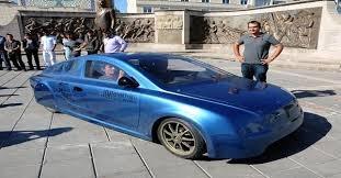 سيارة كهربائية «تركية الصنع»