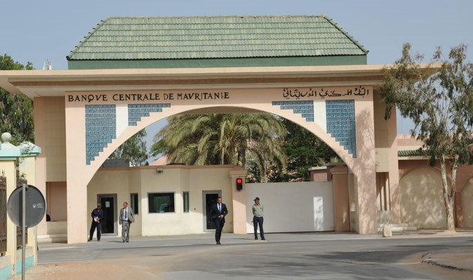 أزمة في المصارف الموريتانية تسبب تأخيرا في تحويلات الزبناء