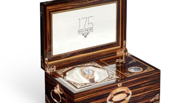 بالصور .. تعرف على مميزات الساعة التي تباع بـ 2.6 مليون دولار