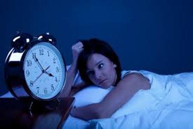 النوم في الظلام يقي من سرطان الثدي