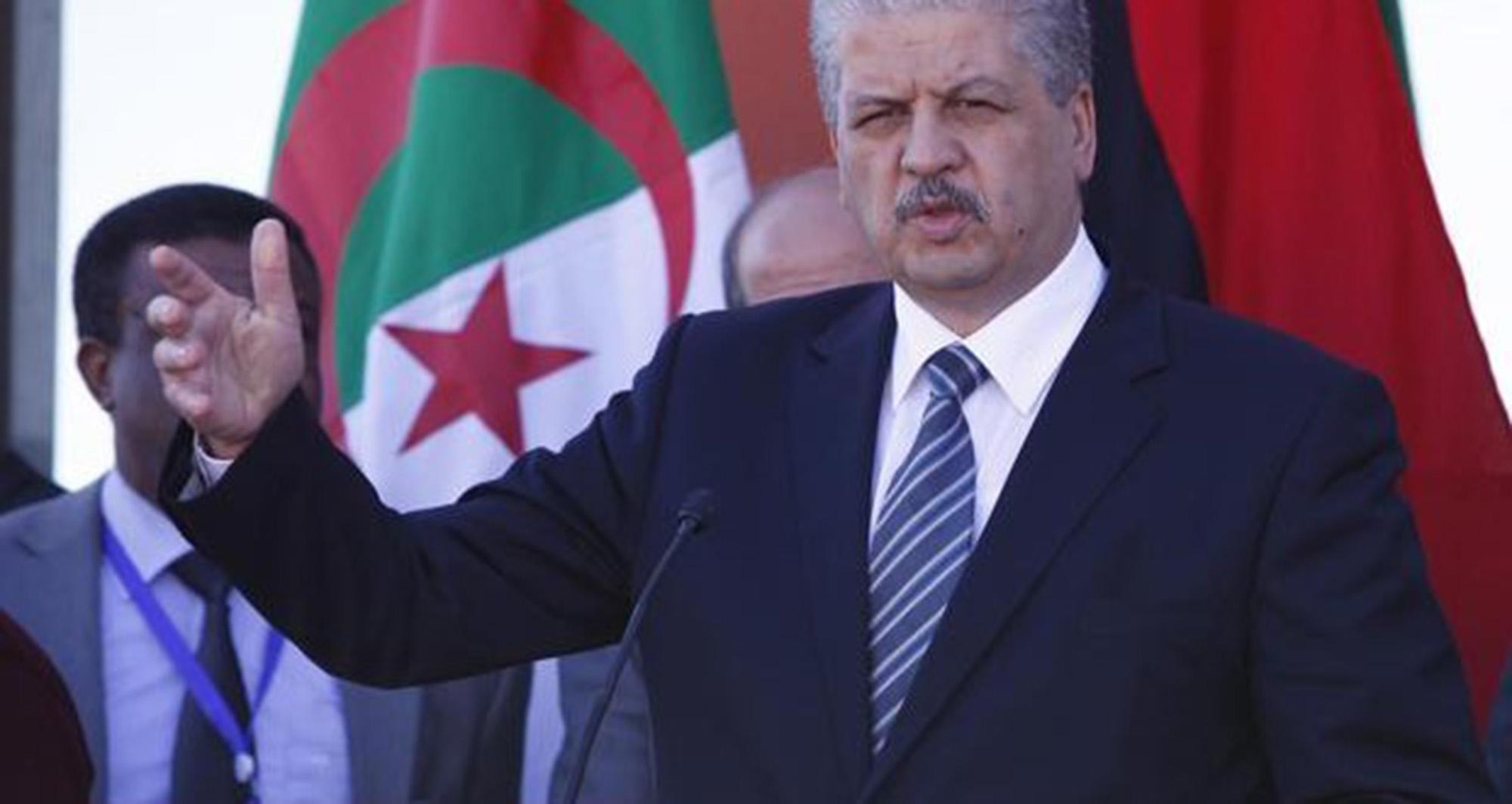 سلال في دورية نحو المناطق الحدودية بالجنوب الجزائري
