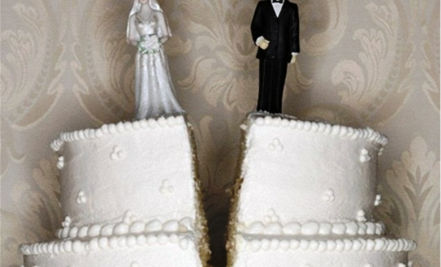 دراسة: زيادة كلفة الزواج ترفع نسبة الطلاق