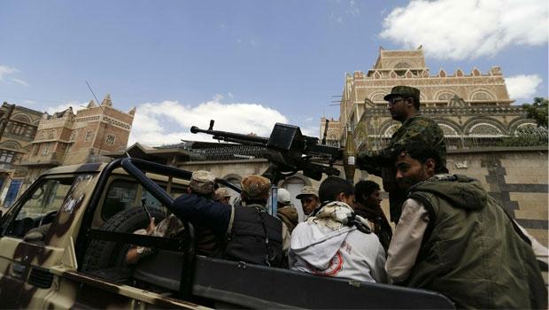 الحوثيون يواصلون زحفهم على محافظات جنوب اليمن