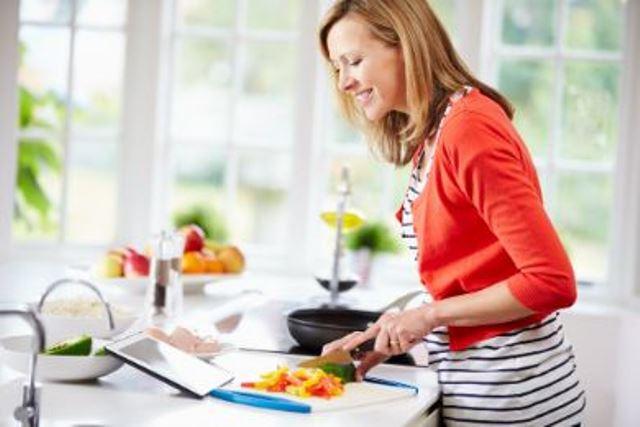 دراسة: مطبخكِ يصيب عائلتك بالخرف