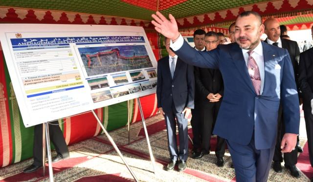 العاهل المغربي يعطي انطلاقة أشغال إنجاز فضاءات عمومية بكورنيش دار بوعزة