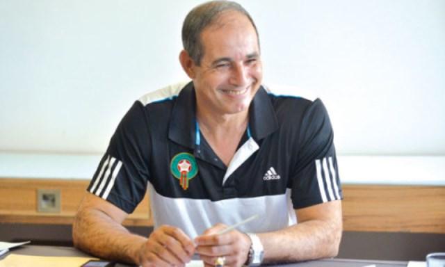 الزاكي يختار قائمة موسعة للاعبي المنتخب المغربي