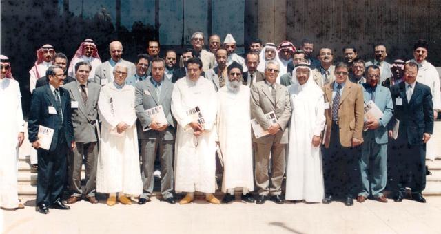 يوم تدخل الراحل أحمد الزايدي  بخيط أبيض لحل نزاع مهني..