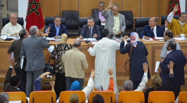 العاهل المغربي للرئيس الجزائري: حريصون على تمتين أواصر الأخوة بين الشعبين الشقيقين