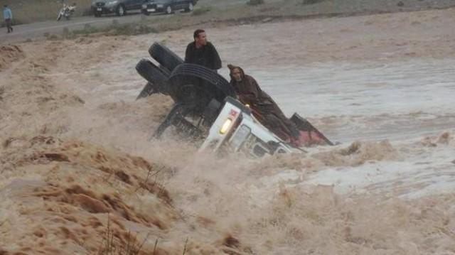 حصيلة ضحايا فيضانات المغرب ترتفع إلى 32شخصا