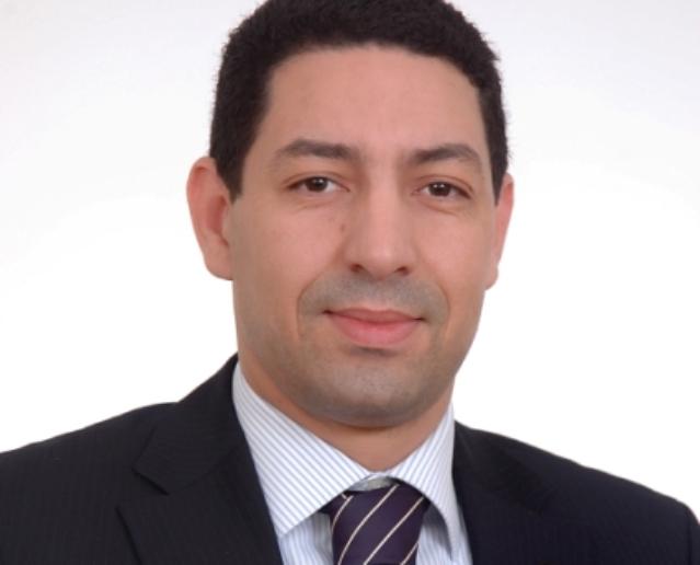 عادل ياسر