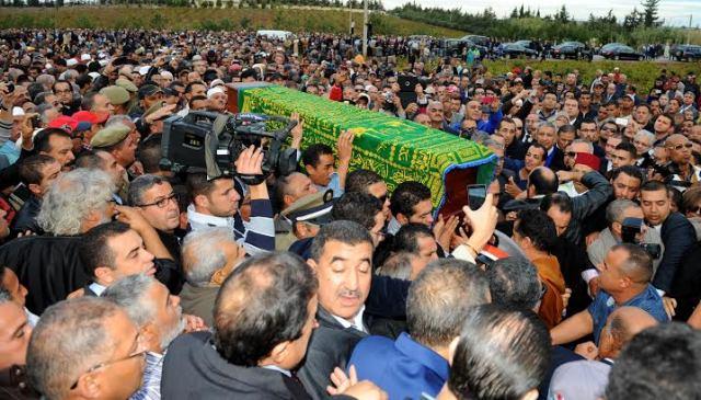 العاهل المغربي ينوه بالخصال الإنسانية للفقيد الزايدي والتزامه بالمباديء الوطنية