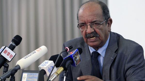 الجزائر تعارض المواجهة بين الليبيين وضد التدخل العسكري الأجنبي