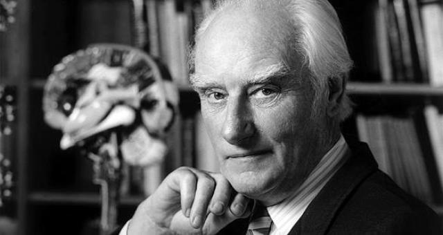 مكتشف الحمض النووي يعرض ميدالية نوبل للبيع