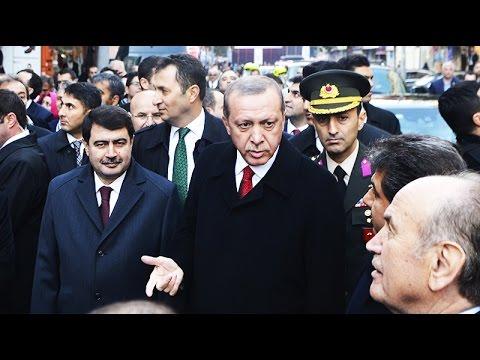 فتاة تركية تفاجئ الرئيس التركي أردوغان