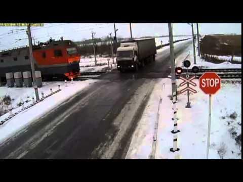 شاحنة تتسبب في كارثة بكازاخستان