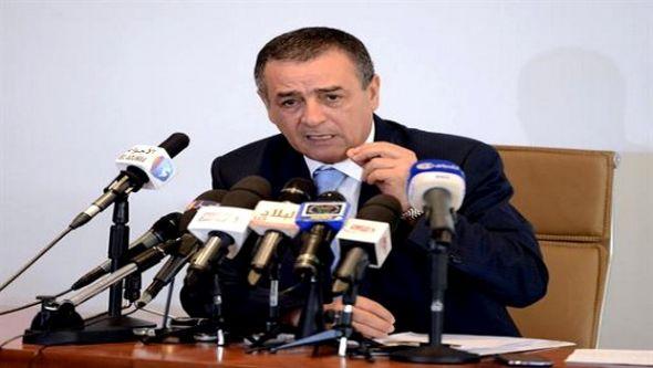 بوشوارب: تنظيم القطاع العمومي التجاري بالجزائر هدفه استقلالية تسيير المؤسسات العمومية الاقتصادية