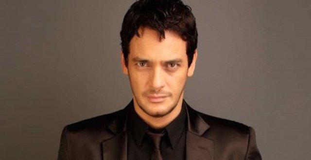 خالد أبو النجا يفوز بجائزة أحسن ممثل في مهرجان القاهرة