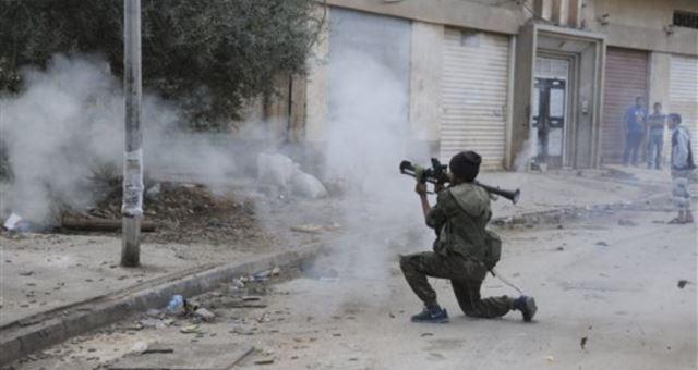 بنغازي ما تزال تعيش على إيقاع المواجهات وشلل تام يصيب المدينة