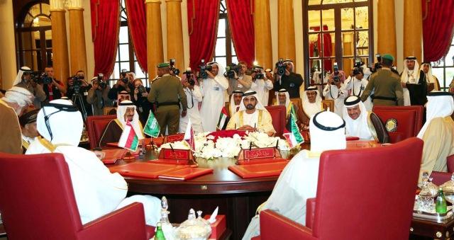 دول الخليج تعقد قمة استثنائية بالرياض