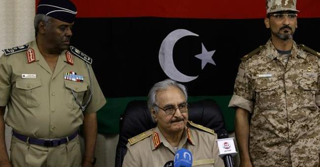 البرلمان الليبي يعيد خليفة حفتر إلى الخدمة العسكرية