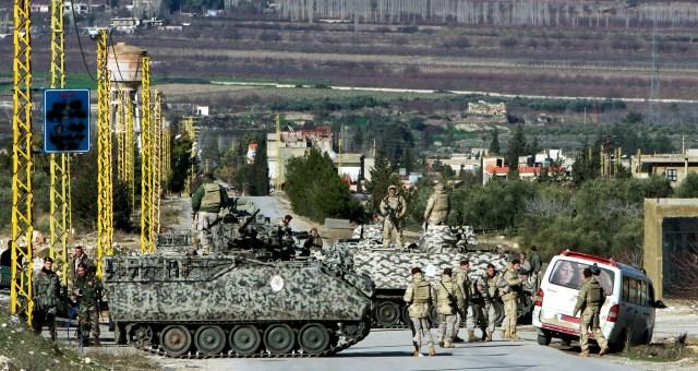 إصابة 3 جنود لبنانيين في البقاع الشمالي
