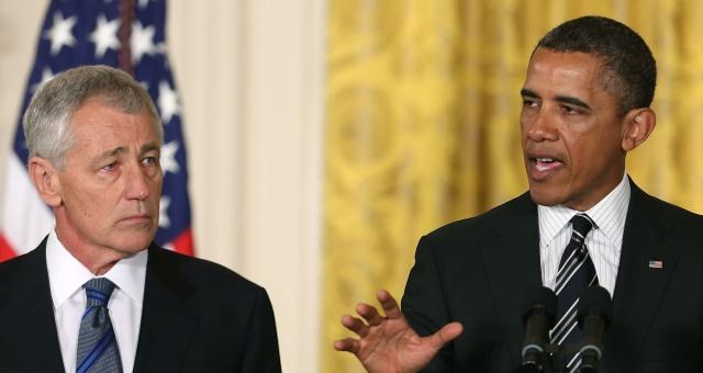 لماذا قام أوباما بالتضحية بوزير الدفاع هيغل؟