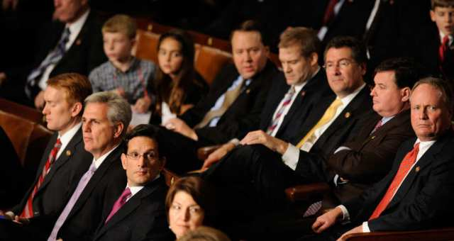 الجمهوريون يحصدون الأغلبية بالكونغرس الأمريكي