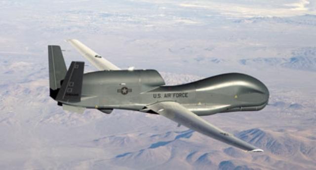 الجزائر تصنع أول طائرة بدون طيار نفاثة في سنة 2016