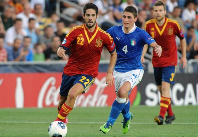 إيسكو يقود اسبانيا لفوز عريض على بلاروسيا