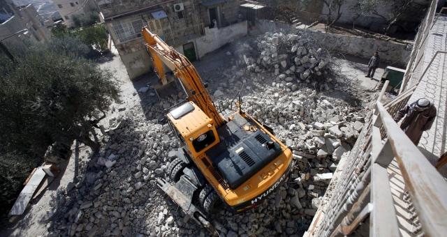 إسرائيل تهدم منازل منفذي عمليات القدس