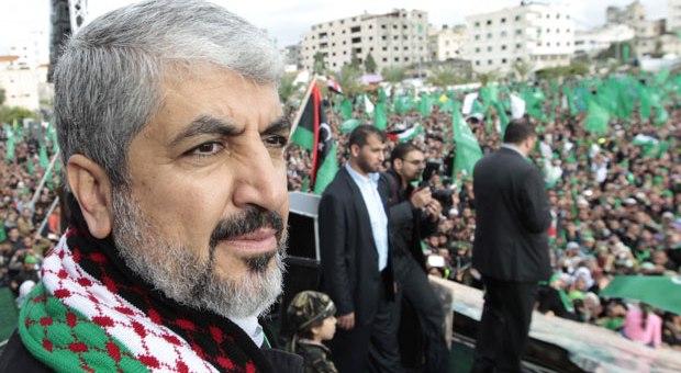 مشعل يدعو دولا عربية لحماية الأقصى