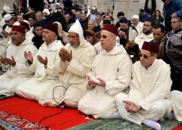 العاهل المغربي يقرر إقامة صلاة الاستسقاء يوم الجمعة