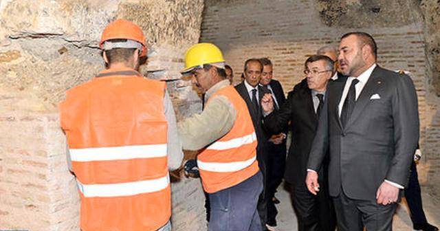 العاهل المغربي يزور ورش ترميم برج سيدي بونافع في فاس