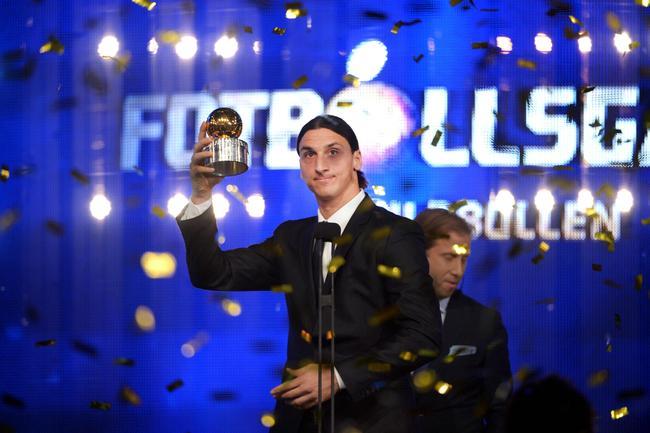 ابراهيموفيتش يحرز الكرة الذهبية السويدية