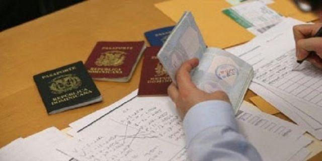 الجزائر تلغي بطاقات الإقامة الدائمة للتونسيين والمغاربة!