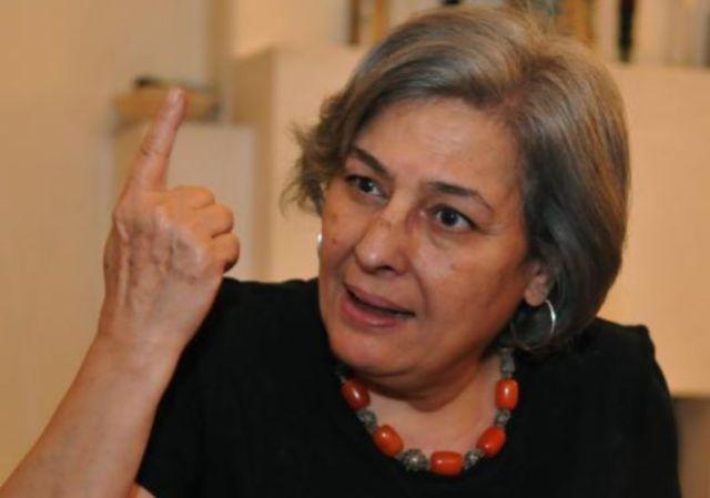 رحيل الكاتبة المصرية رضوى عاشور بعد صراع مع المرض