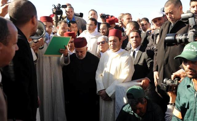 تشييع جثمان الفقيد عبد الله باها إلى مثواه الأخير في الرباط في موكب جنائزي رهيب