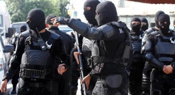 تونس: متشددون يختطفون رجل أمن ويقطعون رأسه