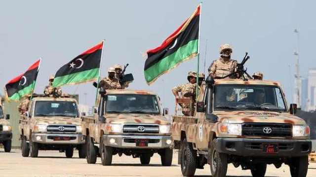 الحكومة الليبية تثمن دور الجيش في الدفاع عن حقول وموانيء النفط